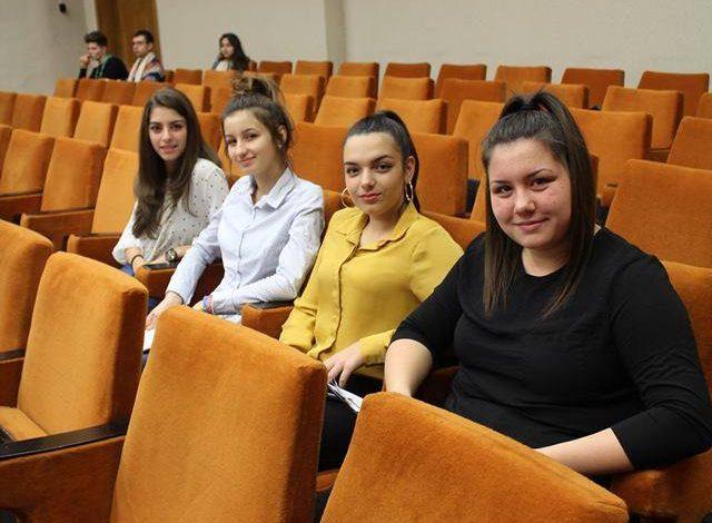 Ния,Теодора, Александрина и Михаела - 9а клас